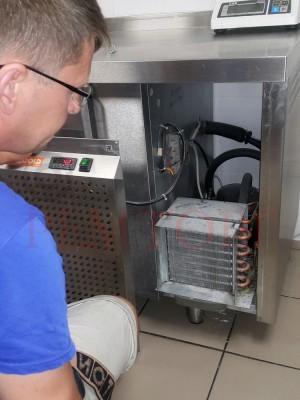 Ремонт и обслуживание холодильного стола в Москве 3